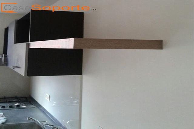Repisa para tv flotante en madera para instalar en pared